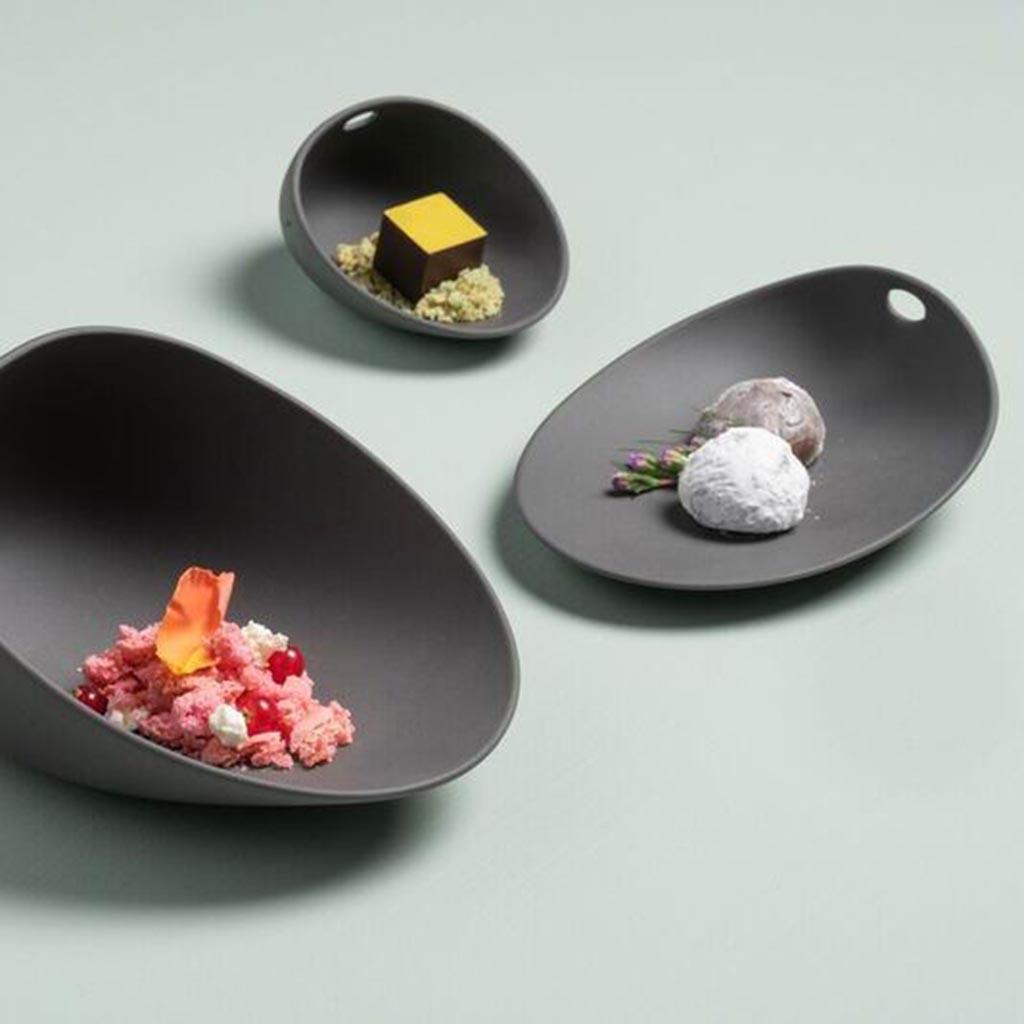 Cookplay Jomon porcelánový talíř S černý 14x11x4cm